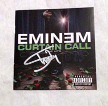 """EMINEM  signed  AUTOGRAPHED  """" Curtain call """"   Cd COVER"""