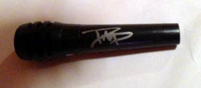 FOO FIGHTERS  david grohl  AUTOGRAPHED  signed  MICROPHONE  * proof