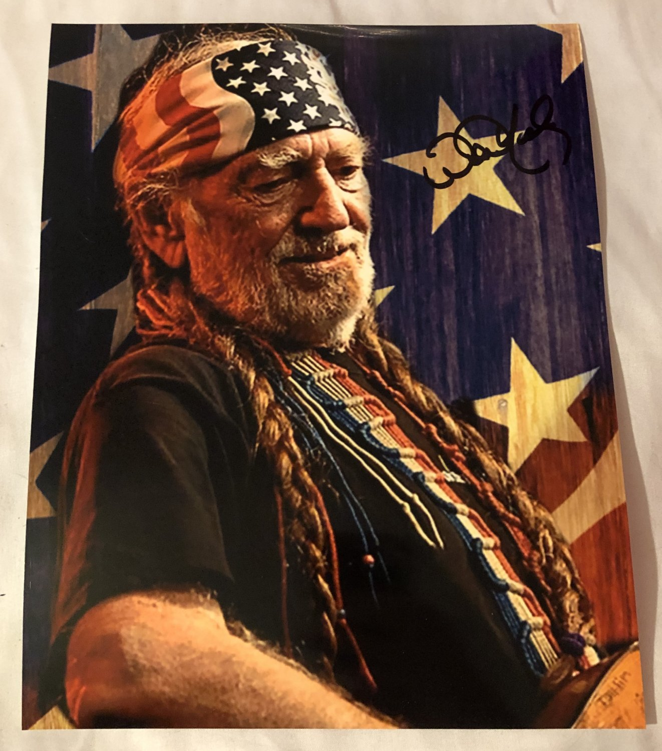 WILLIE NELSON autographed SIGNED 8x10 photo