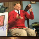 TOM HANKS mister rogers AUTOGRAPHED signed 8x10 Photo !
