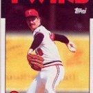 1986 Topps #695 Mike Smithson - Minnesota Twins (Baseball Cards)