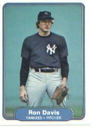 1982 Fleer 32 Ron Davis
