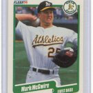 1990 Fleer 15 Mark McGwire UER/(1989 runs listed as/4, should be 74)