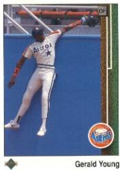 1989 Upper Deck 135 Gerald Young