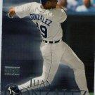 2000 SkyBox #83 Juan Gonzalez