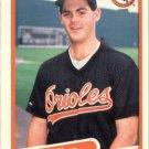 1990 Fleer 184 Gregg Olson