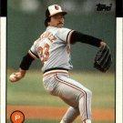1986 Topps 82 Tippy Martinez