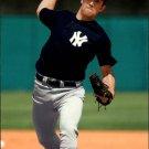 2005 Leaf 142 Mike Mussina
