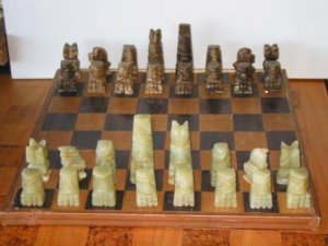 Mexican Onyx chess set - Brown & Green