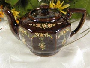 Moriage Teapot Made in Japan
