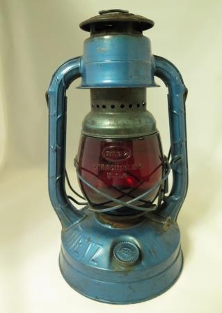 Dietz Little Wizard Lantern Original Globe USA
