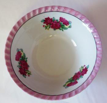 Vintage Yamatsu Bowl Roses Made in Japan