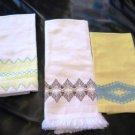 Vintage Finger Tip Huck Towels Embroidered Edging