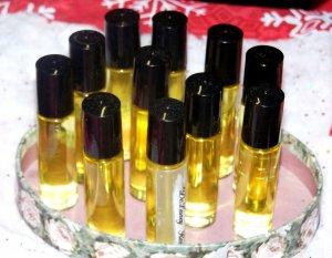 DeLaney Ross Fragrance Oil Roll-on