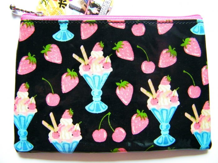 Kawaii Ice Cream And Strawberries Pouch