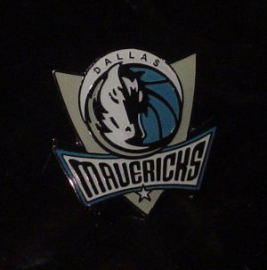 NBA Dallas Mavericks Crest Pin