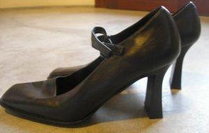 Women's strap front black heels pumps shoes sz 38.5