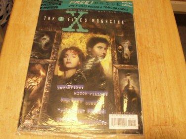 Topps The Xfiles Magazine Original Plastic/Card &  Poster- Collectors Edition #2
