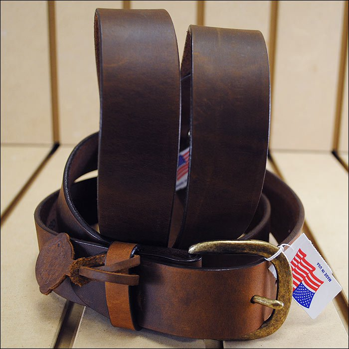 38in. JUSTIN BASIC WORK LEATHER MANS BELT BROWN MADE IN THE USA.