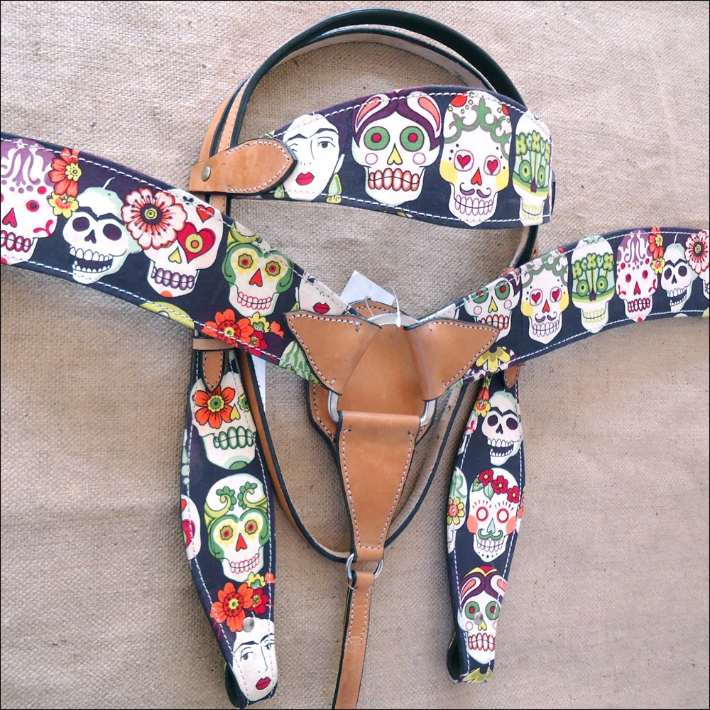 T66 WESTERN LEATHER HORSE HEADSTALL BRIDLE BREAST COLLAR SET FUN PRINT