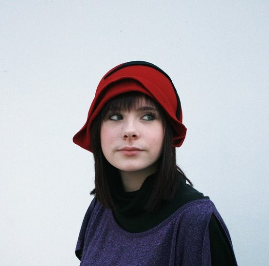Red wool cloche with leaf detail