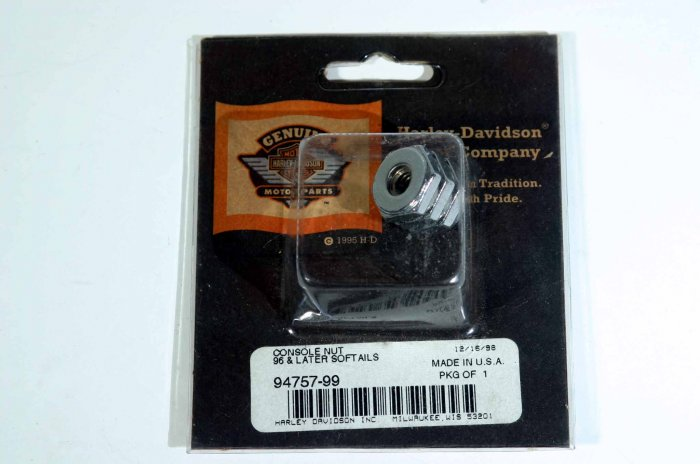 HARLEY CONSOLE NUT FOR '96 AND LATER SOFTAILS 94757-99