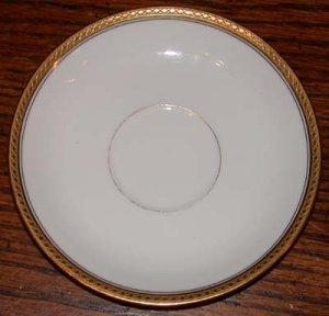 Haviland France White with Gold Trim Dinner Plate