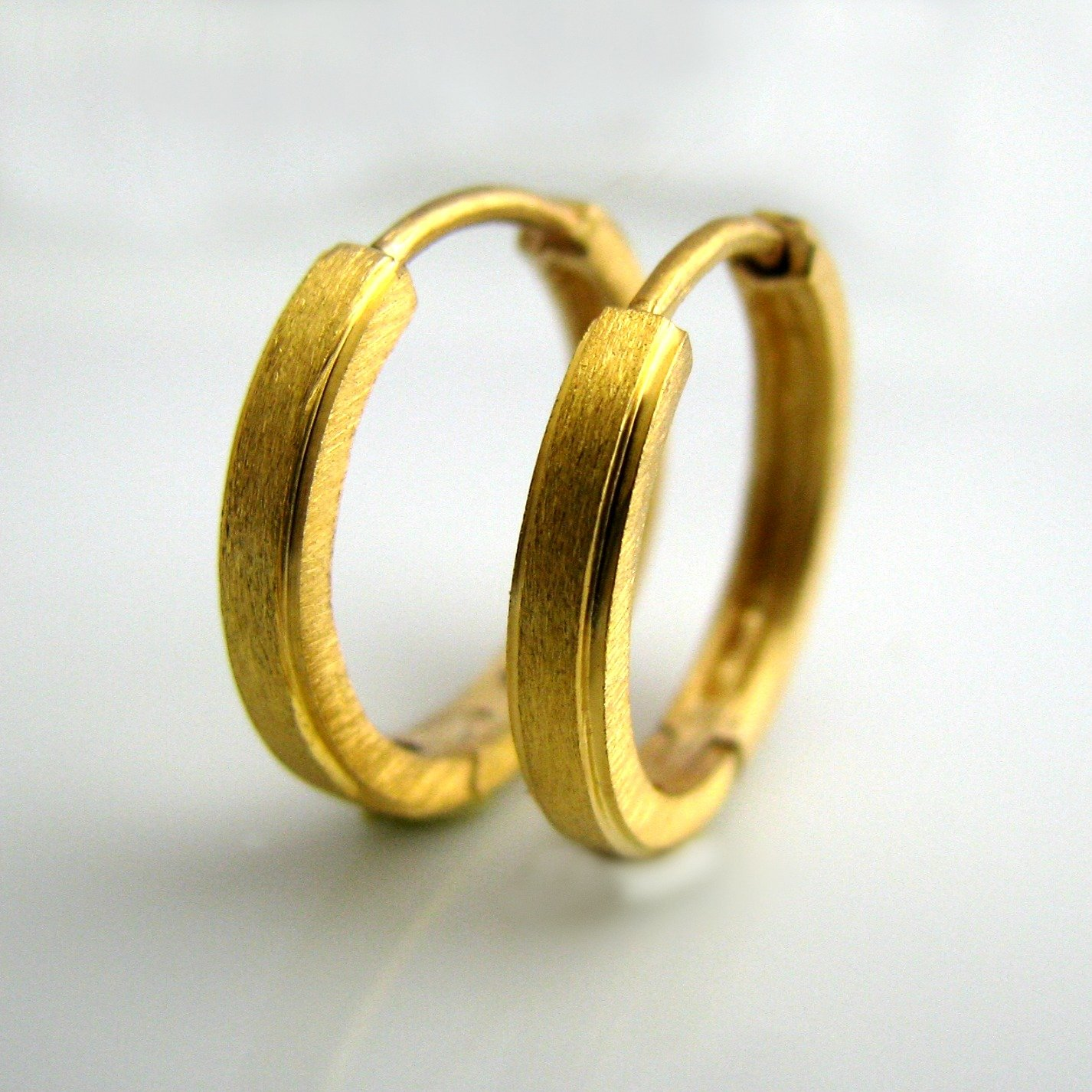 precious real gold with without pin stud and solid metal earring ring stones