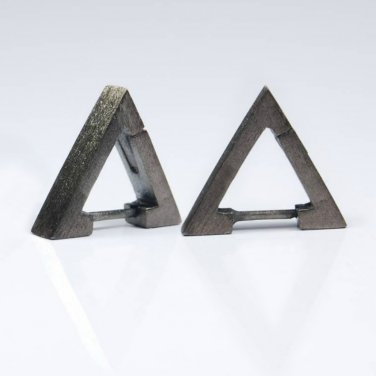 Handmade triangle hoop earrings for men finished in charcoal grey and in a size S,  E234MB