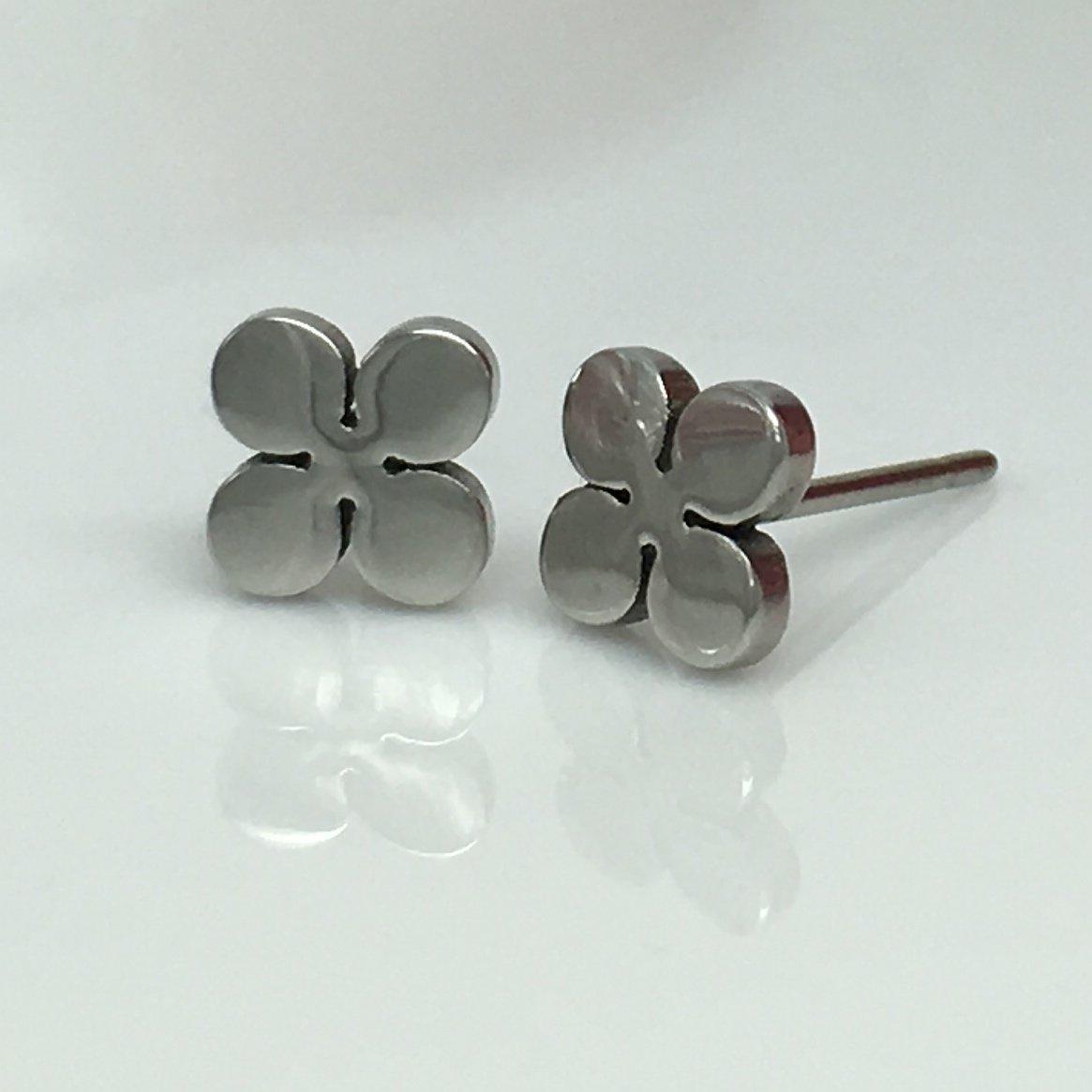 Four leaf clover stud earrings, good luck stud earrings, men's stud earrings, EC416