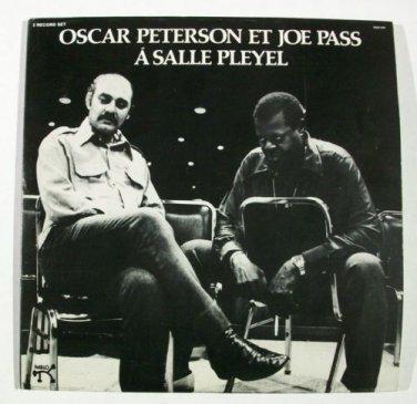A SALLE PLEYEL  ~  Oscar Peterson Et Joe Pass      1975 DOUBLE Jazz LP