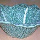 Bordallo Majolica Bowl Serving Savoy Cabbage Leaf Embossed Petal Shape Large New
