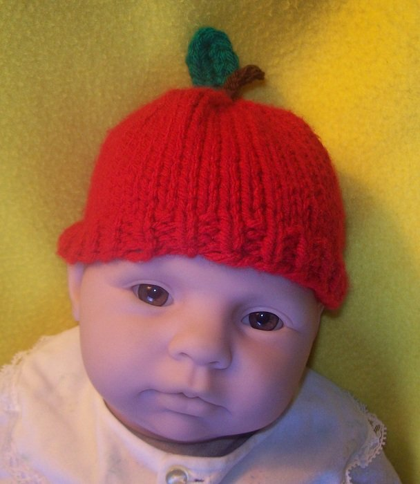 Newborn, reborn, American Girl size Apple Hat, Hand Knit - Free USA Shipping
