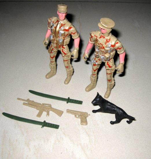 higly detailed 7pcs armyman soldier military combat toy collectible