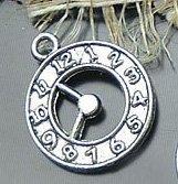 Lot of 200pcs Clock Doll House miniature/Fashion jewelry charm