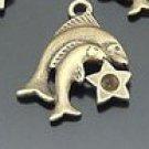 Lot of 300pcs mini Brass Pisces (fish) doll house miniature toy/jewelry Charm CM938