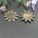 Lot of 60pcs mini Brass Sunflower dollhouse miniature toy/jewelry bracelet metal alloy Charm b2
