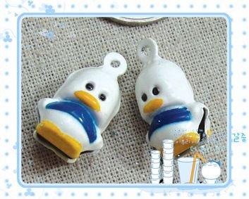 10 x Cartoon Bell Dog Pet Cat Collar Duck 2cm B4