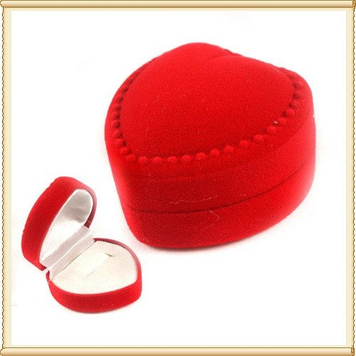 50pcs Jewelry Display Red Heart Love Velvet Ring Stud Box Gift Box Case