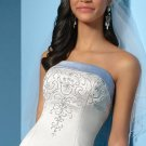 Free Shipping!!Beautiful/Strapless/A-Line/Princess/Floor-Length/Wedding Dress/AA028