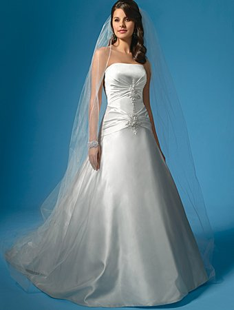 Free Shipping!!Noble/Strapless/A-Line/Princess/Floor-Length/Wedding Dress/AA030