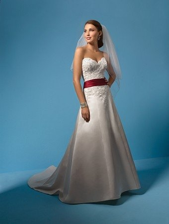 Seductive/Strapless/Sweetheart Neckline/A-Line/Princess/Floor Length/Bridal Gown/AA151