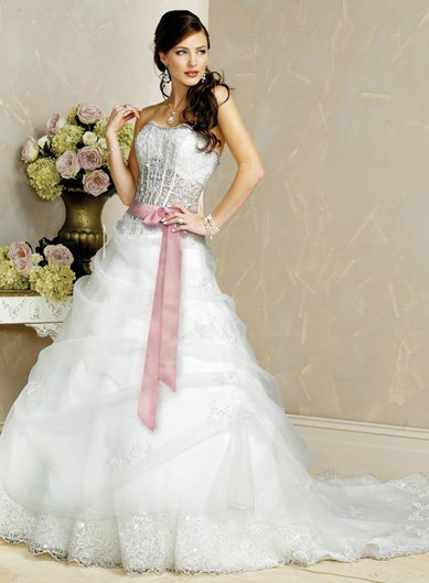 Elegant/Strapless/Satin&Organza/with Appliques/A-Line/Princess/Floor Length/wedding Dress/BR027