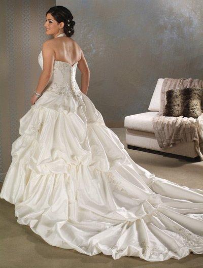 Elegant/Halter/Sweetheart Neckline/A-Line/Princess/Custom made/plus size/wedding Dress/PS022
