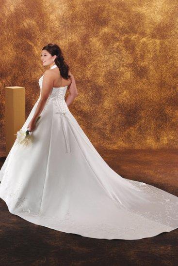 Tempting/Sweetheart Neckline/Halter/Satin/plus size/A-Line/Princess/Wedding Dress/PS031