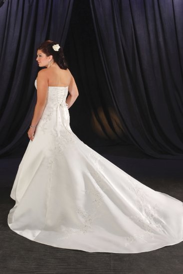 Elegant/Strapless/Satin with Beading/A-Line/Princess/Floor Length/Plus Size/Wedding Dress/PS034
