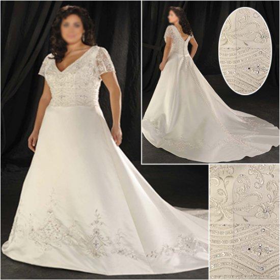 Elegant/Sweetheart Neckline/short Sleeves/A-Line/Princess/Plus Size/Bridal Wedding Dress/PS042