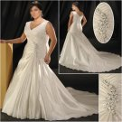 Elegant/Sweetheart  Neckline/Sleeveless/A-Line/Princess/Plus Size/Bridal Wedding Dress/PS044