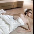 Free Shipping/2011 New arrival/A-line/Strapless/Satin/Chapel train/Bridal Wedding Dress/GG011