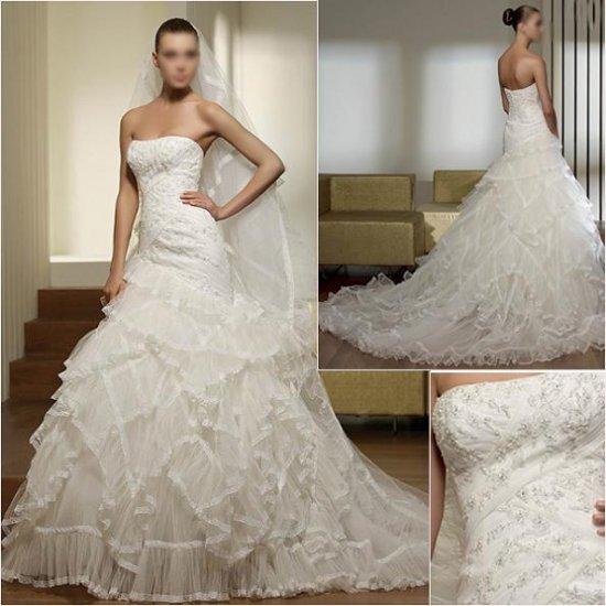 Free Shipping/2011 New arrival/A-line/Sweatheart/Satin&Mesh/Chapel train/Wedding Dress/A1004